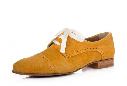 Women blucher shoe